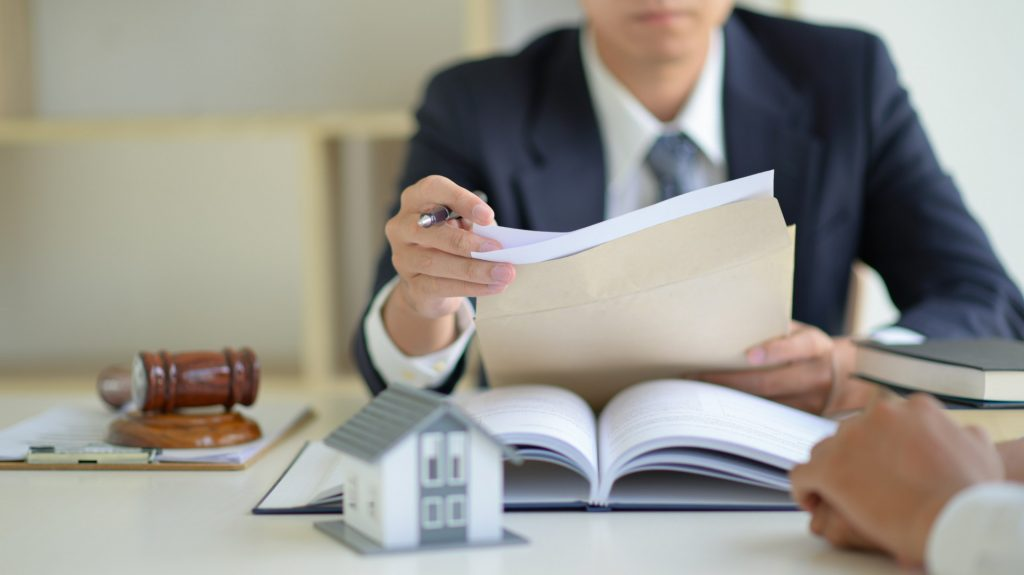 Convincing Reasons to Hire a Real Estate Lawyer