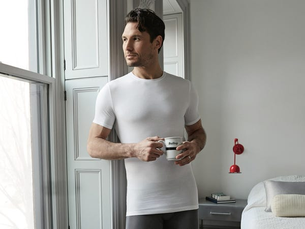 Why You Might Want To Get A Men's Monthly T-shirt Subscription